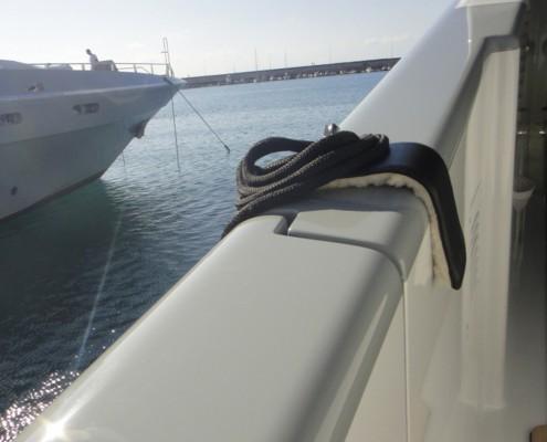 fender-hooks-superyacht-suppliers-megafend-bulwark