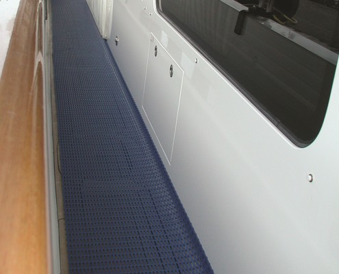 floorline-heronrib-floor-matting-vloermat-superjacht-binnenvaart-tankers-marine-keuken-teak-deck-protection-2