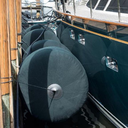 stootwillen-heavy-duty-aere-megafend-superyacht-supplier-deflated-small-easy-to-store-mooring-2-lichtgewicht-light-weight