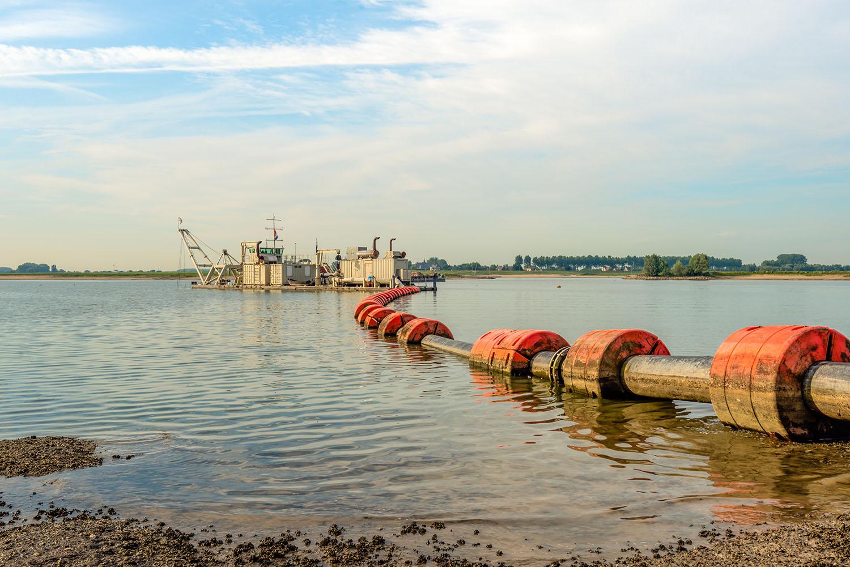 bagger-dredging-pipeline-float-flowsafe