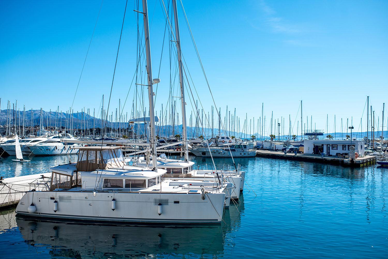 haven-harbour-fenderlist-stootrand-drijvende-steiger-pontoon-ponton
